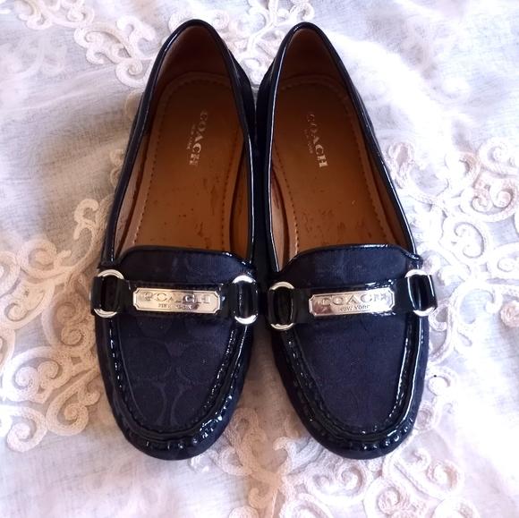 Coach black textured shoes women's Size 6.5 B